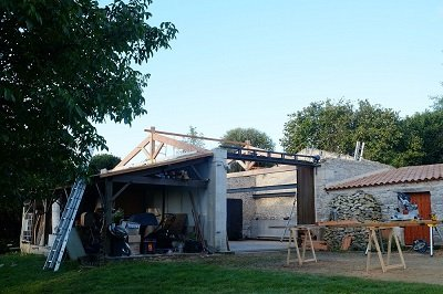 Charpente-douglas-Niort-Ecodmeure