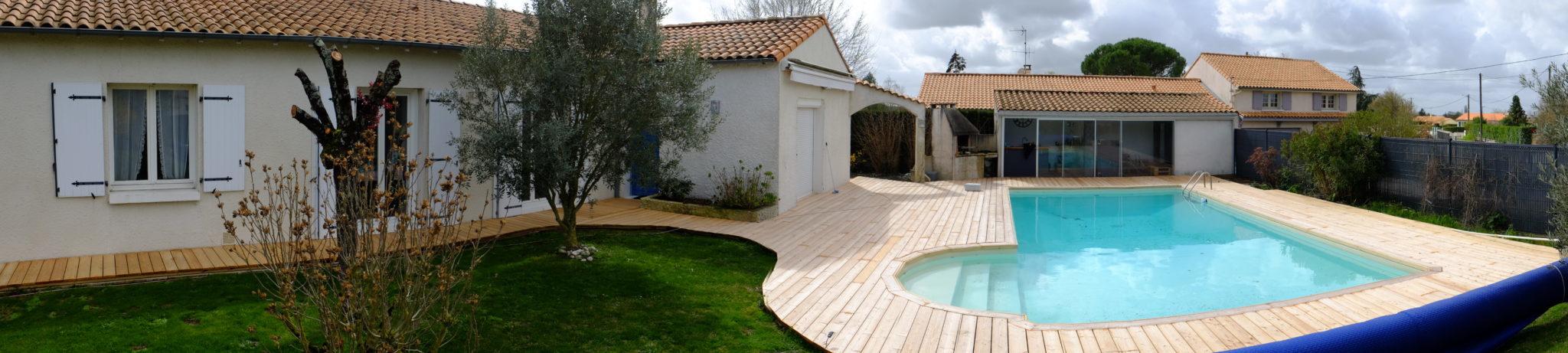 Terrasse bois en mélèze en Deux-Sèvres